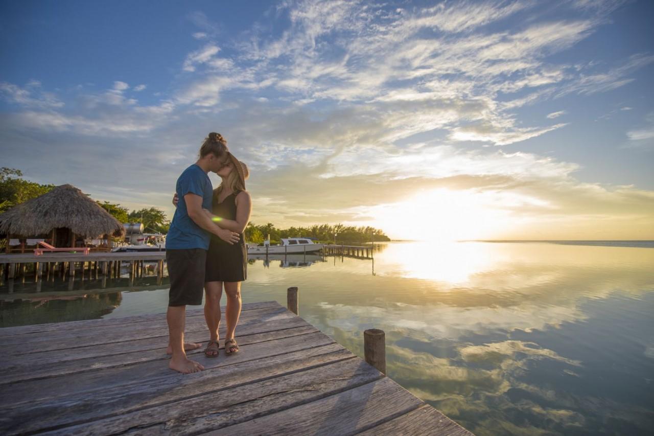 honeymoon-caribbean-sea-belize-island--resort