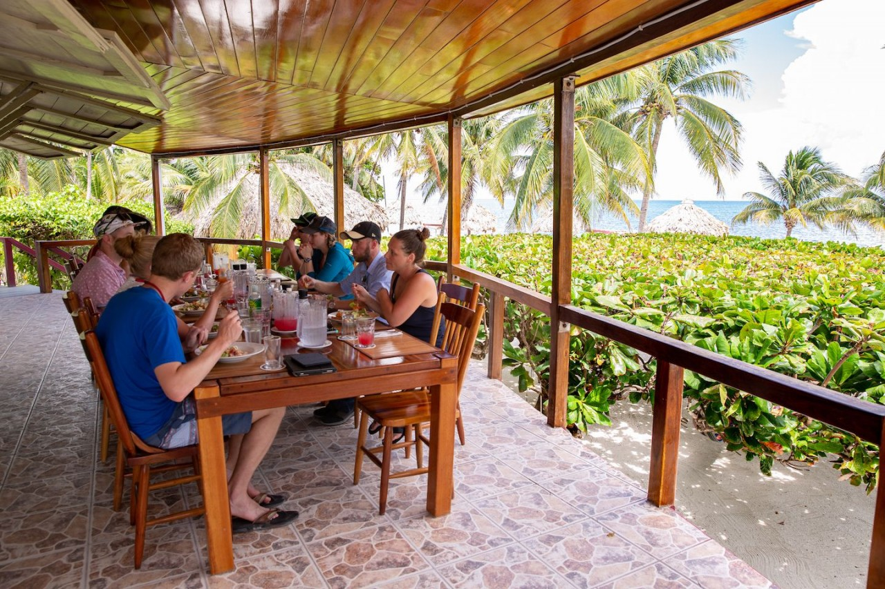 dining-st-georges-caye-resort-belize