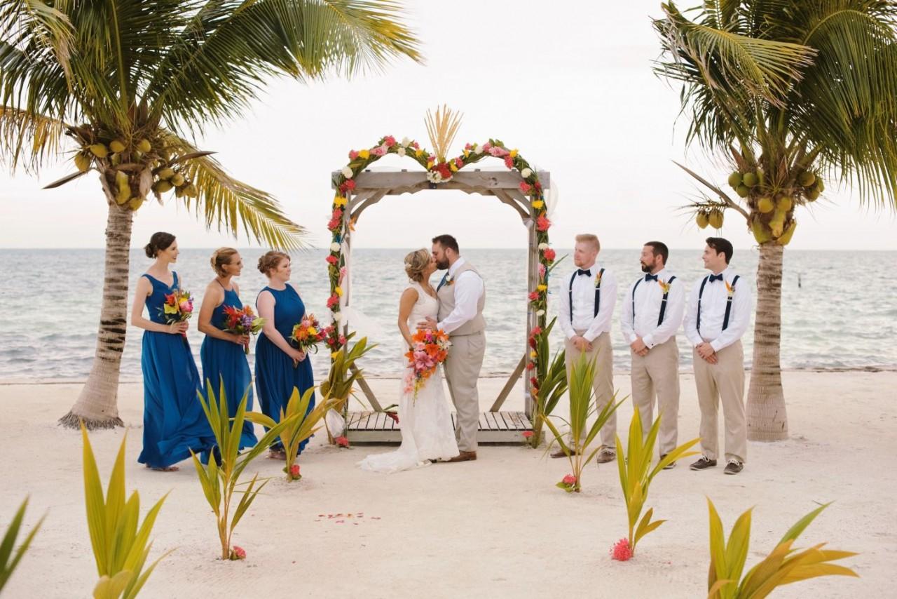 destination-wedding-beach-belize-islandjpg