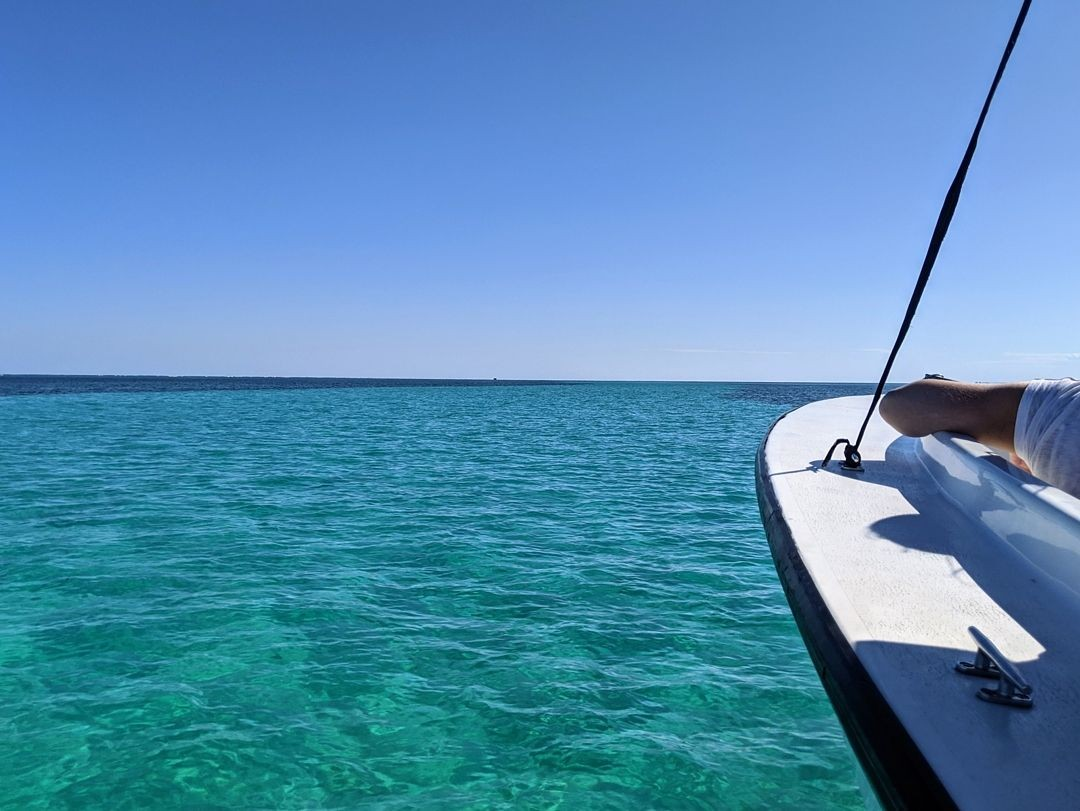 Caribbean-Sea---St.-Georges-Caye-Resort-Beliz_20200304-195016_1