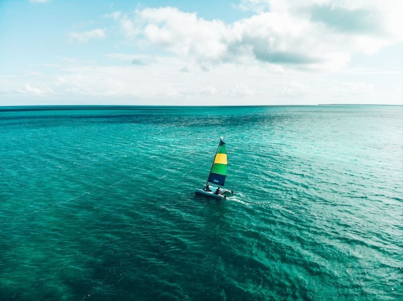 Sailing-the-Sea---St.-Georges-Caye-Resort---Belize